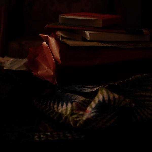livres et papier cadeaux