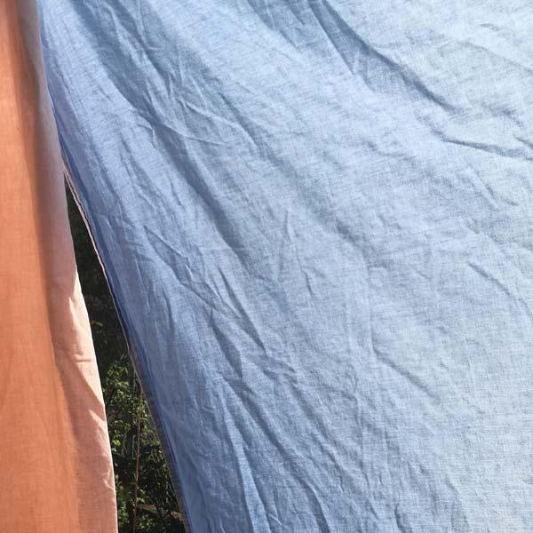opa colorée sur la cabane