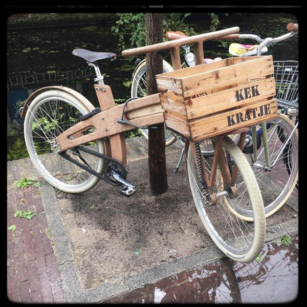 vélo de bois à delft