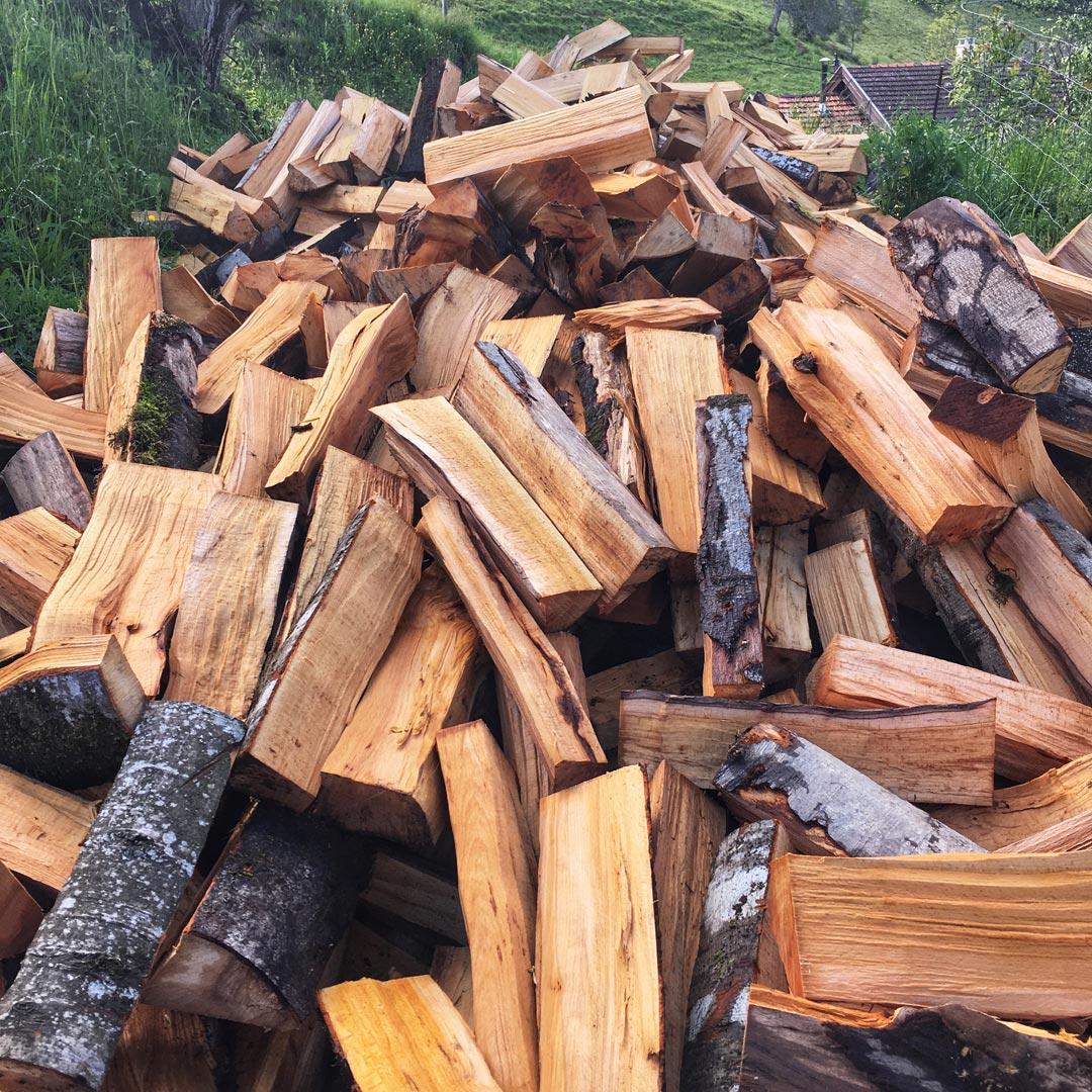 10 stères de bois à descendre en brouette !